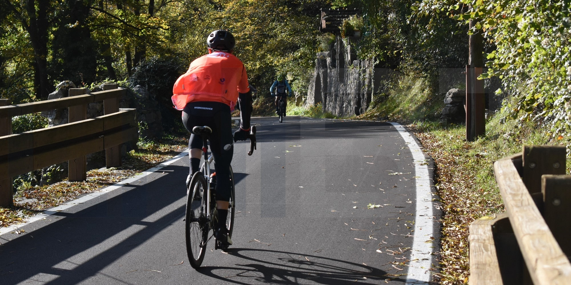 Ponte Tresa cycling experience